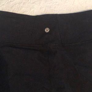 lululemon athletica Pants - Lululemon black crop leggings
